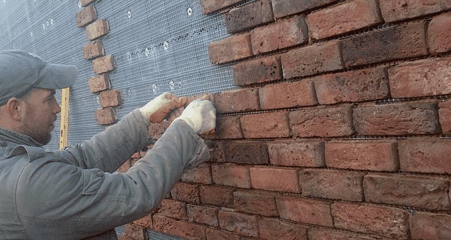 Как установить фасадные панели